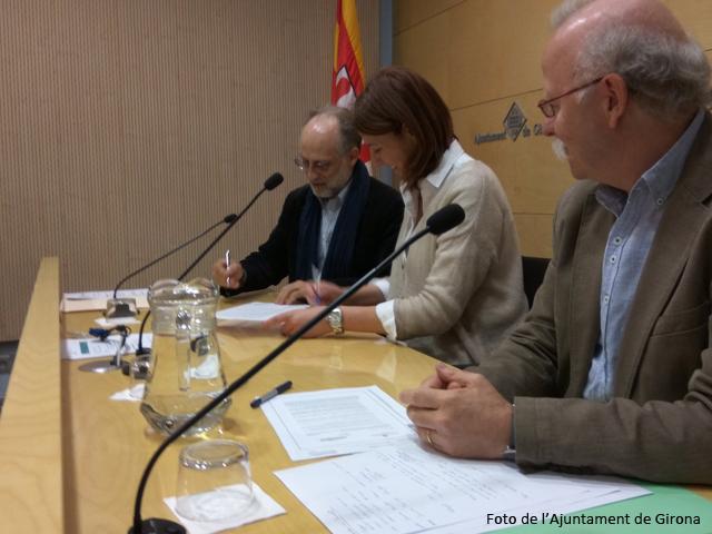 Acte de signatura del conveni, a Girona